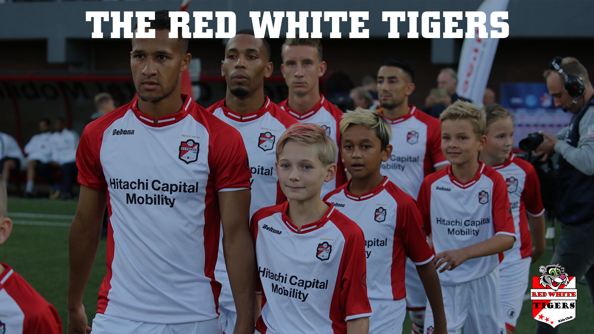 The red white tigers (003)